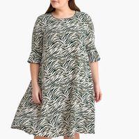 vestido evase con estampado de cebra semilargo