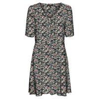 vestido corto de flores con cuello de pico